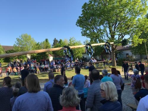 Maibaumaufstellen Straßkirchen 2018